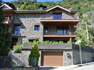 Fantástica casa en venta en Escaldes, Andorra