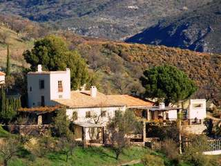 Beautiful, fully restored, 200 yr old finca with vineyards in Sierra de la Contraviesa