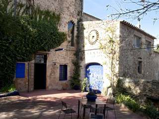 18th Century castle to buy near Pals, Empordà, Costa Brava