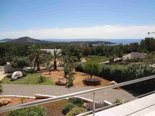 Bright, modern villa for sale in Vista Alegre, Ibiza