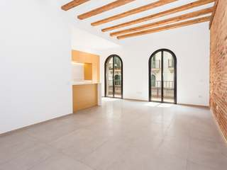 Immaculate apartment for rent in Poble Sec, Barcleona