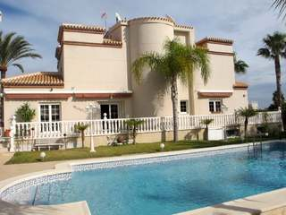 6-bedroom villa for sale in Playa Flamenca, Alicante