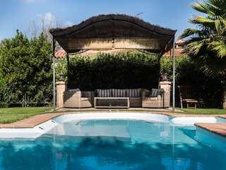 Villa en venta en Godella, cerca de Valencia, España, Campolivar, Perfecto estado, Reformada
