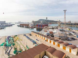 Renovation project for sale in Barceloneta