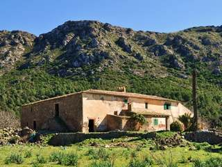 Country villa for sale in Arta, North East Mallorca.