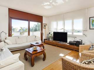 Fantastic apartment with terrace to buy on Avenida Pedralbes