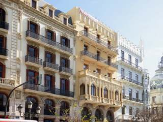 Loft apartment to buy and renovate, Plaza del Ayuntamiento