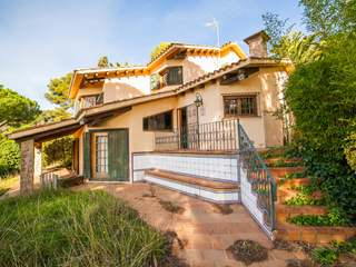 House to renovate in Blanes on the Costa Brava