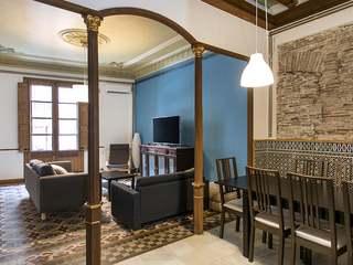 4-bedroom apartment to rent on Carrer d'Avinyo