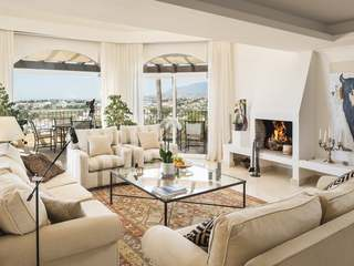 Incredible villa for sale in Nueva Andalucia, Marbella