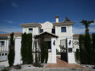 Luxury 5 bed villa for sale in La Mairena, East Marbella.
