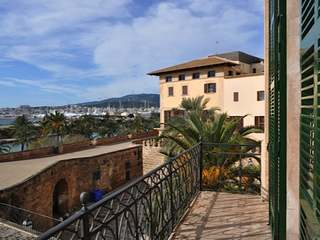Beautiful historic apartment for sale in Palma, Mallorca.