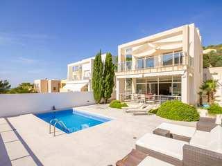 Maison magnifique à vendre à Cala Vadella à Ibiza