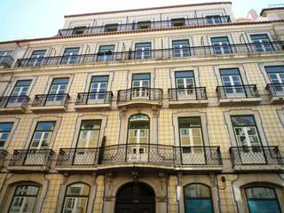 4 bedroom apartment for sale in historic building, Lisbon