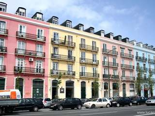 2-bedroom penthouse to buy in trendy Santos area of Lisbon