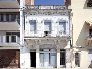 Period property for renovation Vilanova i Geltru near Sitges