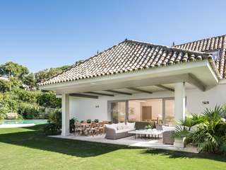 Luxury 5-bedroom golf villa for sale in Marbella