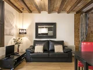 Apartamento renovado de 1 dormitorio en venta en El Raval