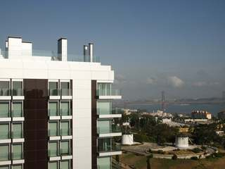Apartment in a prime location for sale with views of Lisbon