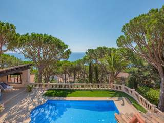 House to buy with a pool and magnificent views, El Golfet
