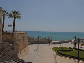 3-bedroom seafront apartment to buy in the heart of Sitges