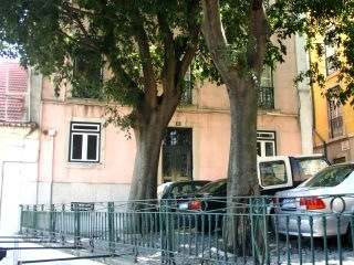 3-bedroom flat to buy in Principe Real, Lisbon