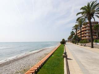 Luxury apartment to buy in Terramar in Sitges, next to beach