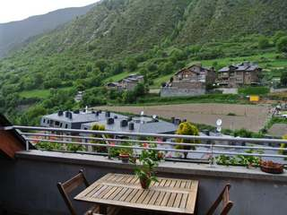 Lovely 3-bedroom penthouse for sale in Encamp, Andorra