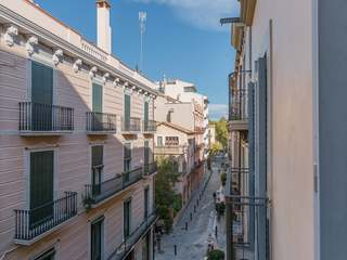 Unique apartment for sale in Girona