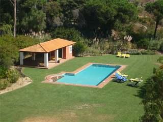 3 Bedroom Condo Apartment For Sale in Estoril, Portugal