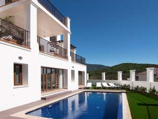 6-bedroom luxury villa to buy, Benahavis Hills Country Club