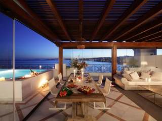 Luxury 3-bedroom beachfront penthouses for sale in Estepona