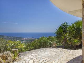 Exclusive Costa Brava property with sea views to buy