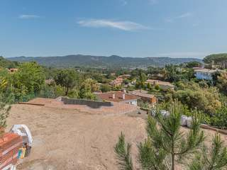 Building plot to buy in Santa Cristina hills, Costa Brava