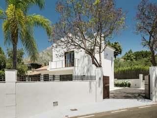 Lovely 3-bedroom villa for sale in Nagüeles, Marbellla