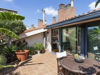 Penthouse property with terraces for sale in Sarrià