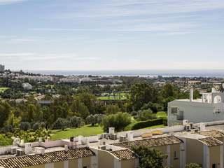Apartamento de 2 dormitorios en venta en Benahavís, Marbella