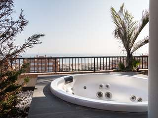 Luxury seafront penthouse for sale on Playa de la Patacona