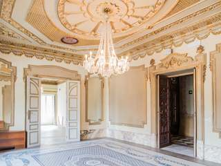 Luxury palace for rent in the Sant Francesc area of Valencia