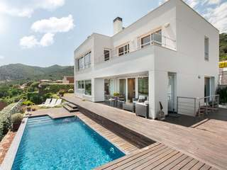 4-bedroom house for sale in Argentona, on the Maresme Coast