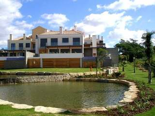 Modern 3-bedroom house for sale in the Algarve