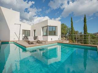 Villa de 4 dormitorios en venta en Santa Cristina d'Aro