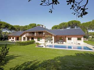 Countryside villa for rent in Las Encinas, Pozuelo