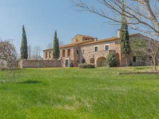 Girona country property to buy near Spain's Costa Brava