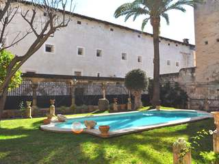 Magnificent gothic noble house for sale in Palma, Mallorca.