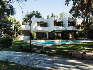 Large villa for sale with pool in Paterna, Valencia
