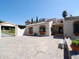 4-bedroom villa for sale in Sotogrande Alto, Andalucia