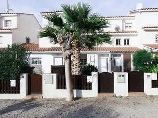 Terraced house for sale in quiet area in Vallpineda, Sitges