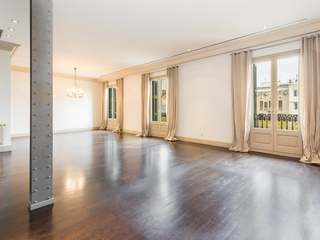 Excellent, renovated apartment for sale on Paseo de Gracia