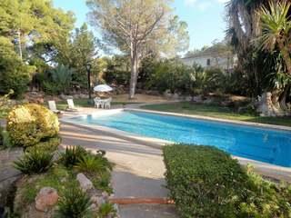 Villa clásica con personalidad en venta en La Eliana